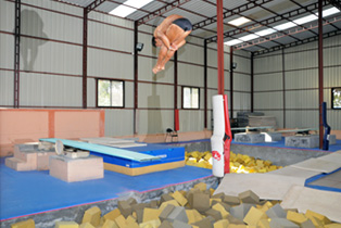 1meter_Spring_Board_Training_Pool07.jpg